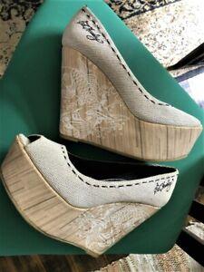 Rare Ed Hardy Platform wedge shoes - amazing tattoo design - size 8