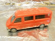 ** Herpa 043496-1 VW LT 2 Bus Red 1:87 HO Scale