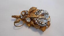 """ MIRIAM HASKELL "" Signed Brooch Ornate Brass Glass Flat back Rhinestones (aiB"