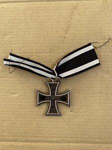 Original WWI German Iron Cross 2nd Class Medal EK2 Maker Mark by Neun
