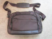"Samsonite Pro  DLX 15.6"" Perfect Fit 2 Gusset Toploader 72543-229"