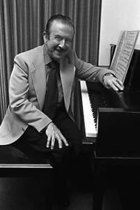 Pianist Claudio Arrau In His Suite At The Fairmont Hotel OLD MUSIC PHOTO 1