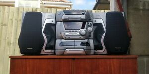 Vintage 1990s Panasonic multi-CD Hi-Fi Stereo System SC-AK45 and speakers