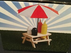 Wooden Picnic Table Condiment Shaker Salt Pepper Ketchup Mustard Pub Restaurant