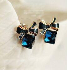 Diamantes de imitación de cristal pendiente Stud Pendientes Estilo Cubo Con Moño.13 Mm x 11 mm