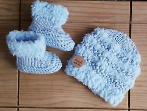 NEW/ Hand made Double Knitted Baby set Hat and Booties/ 0-3 MTHS /baby Blue