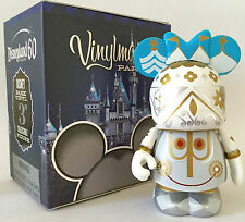 """DISNEY 3"""" VINYLMATION 60TH ANNIVERSARY PARK 16 IT'S A SMALL WORLD TOY FIGURE NEW"""