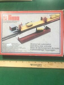 Lima HO Scale Operating Pipe Unloader