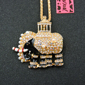 White Crystal Enamel Elephant Betsey Johnson Pendant Chain Necklace/Brooch