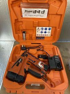Paslode IM65A F16 Lithium Second Fix Pin Gun