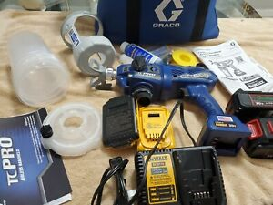 Graco 17N166 PRO Cordless Airless Handheld Sprayer Kit
