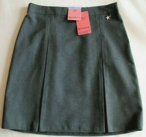 New & Tagged M&S Grey School Skirt Regular Fit Age 12 to 13 Years Height 158cm