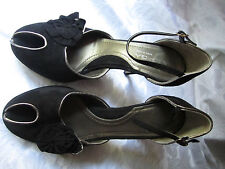 Via Spiga 8.5 M Black Suede Peep Toe Heels Ankle Straps flower Hollywood Glamour