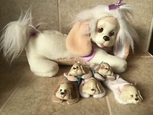 Hasbro 1991 Puppy Surprise Tan/White With Collar & 5 Pups! Hard To Find !