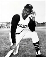 Roberto Clemente Photo 8X10 - Pittsburgh Pirates - Buy Any 2 Get 1 Free