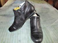 Schuhe stiefelette Stiefel schwarz Boots Stiefeletten  Gr. 40  7 Damen