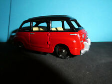 Fiat 600 Multipla in Red   1961 Mercury model by Hachette in Italy  scale 1:43