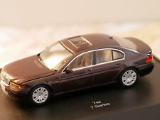 BMW 7 ER SERIES RED 1:43 NEW