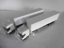 lot de 2  camions semi-remorque   RENAULT PREMIUM   blanc  MAJORETTE  ech 1/60