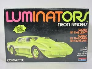 Luminators Corvette Neon Racer Car Model Snap Glow in Dark Black Light SEALED