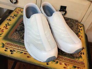 easy spirit Traveltime Women's Sz 10 M Clog white Shoes 598106