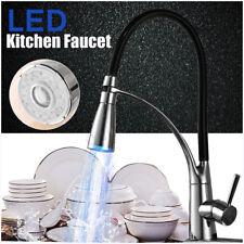 Cucina moderna LED Estraibile Girevole Rubinetto da cucina Lavello Lavello Misce