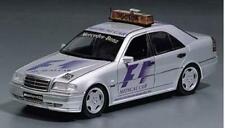 1:18 UT Models Mercedes Benz C36 AMG F1 Medical Car