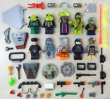10 NEW LEGO MINIFIG LOT Space Alien people Men minifigure city zombie figure set