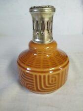 Lampe berger ancienne en porcelaine marron dessin géométrique
