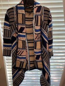 Women's Jessica Simpson Sweater, Size Medium, Beautiful Pattern