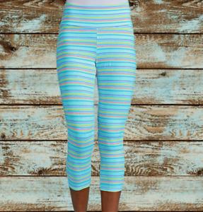 FRESH PRODUCE USA XL Seaglass Oceanside Promenade Stripe Capri Leggings Pants