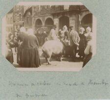 Marché de Hambye (Manche), près de Granville. Normandie. Citrate 1897.