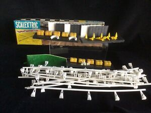 Scalextric Vintage Trackside Accessories.