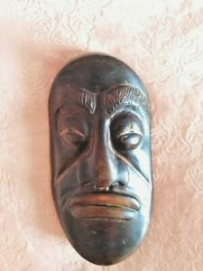 mask made of wood