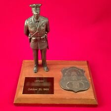 RARE Metropolitan Police Officer Statue Man Sculpture Washington, DC GREAT GIFT!