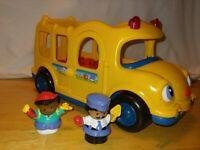 2005 Fisher Price Little People Bus with Lights, Sound , and Music - 2 Figures