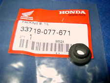 HONDA CT110 CT 110 GEN NOS TAIL LIGHT GROMMET 33719-077-671