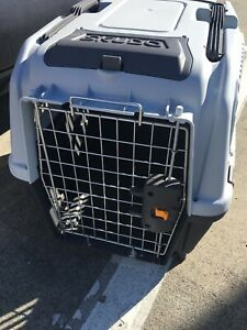 Skudo 24 Inch Plastic Kennel Made In Italy Brand New