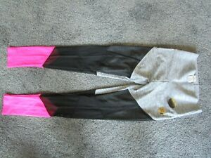Victoria's Secret PINK XS /XP Leggings BRAND NEW w/Tag  4 way stretch breathable
