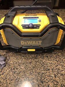 DEWALT DCR025 cordless heavy duty bluetooth radio & battery charger 3ah Battery