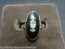 Vintage 1920's 10k yellow gold onyx with diamond ring - Size 5.5