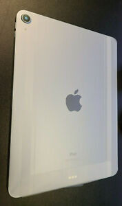 New Apple iPad Air 4th Gen 256GB Wi-Fi 10.9 in Sky Blue MYFY2LL/A + More