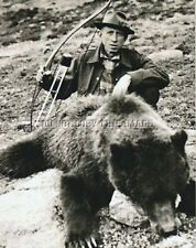 ANTIQUE VINTAGE BOW HUNTING REPRO 8 X 10 PHOTOGRAPH FRED BEAR WITH GRIZZLY BEAR