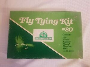 Vintage Fly Tying fish Tools Feathers Vise Kit Raymond c. rumph & son unused #80