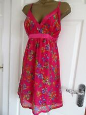 "GORGEOUS CHIFFON  DRESS BY EVIE UK-14 IN CERISE FLORAL MIX BUST 38"" IN VGC"