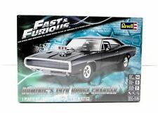 Fast Furious Assembly Kit Model Car Dodge Charger 1970 Dom Scale 1/25 Revell