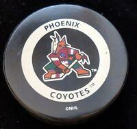 VINTAGE PHOENIX COYOTES  NHL OFFICIAL GAME PUCK GARY B BETTMAN CANADA