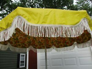 Vintage Yellow Vinyl Patio Beach Umbrella 8'  Floral Fringe Crank Tilt Bag EVC