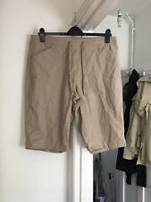 Cotton Traders Size Uk 18 Beige Shorts.   (a14)