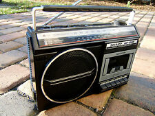 Sharp gf-1740 Stereo Portatile Boombox Radio 80er 80s VINTAGE